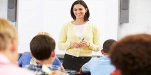 Kadrolu öğretmen maaşları 2018