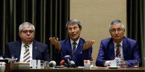 Yusuf Halaçoğlu: Akşener'in partiyi bir yere götürmesi mümkün değil