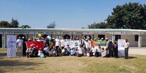 TİKA gönüllülerinden Mozambikli öğrencilere ziyaret