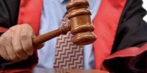 Görevden uzaklaştırılan savcı gözaltına alındı