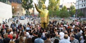 Erdoğan'ın heykeli kaldırıldı