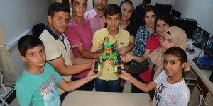 Şanlıurfalı öğrenciler robot tasarladı