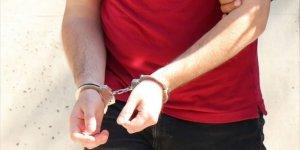 FETÖ şüphelisi öğretmen gözaltına alındı