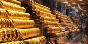 Altının gramı düşüşle başladı