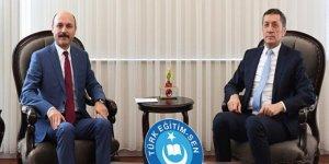 Talip Geylan Milli Eğitim Bakanı Ziya Selçuk'u Ziyaret Etti