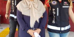 FETÖ'nün 'yargı ablası' eski öğretmene hapis cezası verilerek tahliye