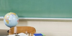 Öğretmen'den 20 öğrenciye istismar iddiası