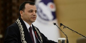 AYM başkanlığına mevcut başkan Zühtü Arslan yeniden seçildi