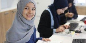 İmam Hatipli kızlar robot yarışmasında ülkemizi temsil edecek