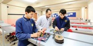 Mesleki ve teknik eğitimde yeni model geliyor