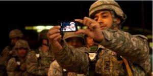 Selfie iç güvenlik tehdidi haline geldi