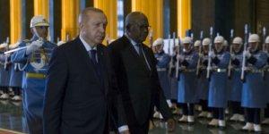 Erdoğan: Suçu millete atmak acizlik
