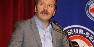 Ali Yalçın: Dizini kırıp rahle başına oturmak lazım