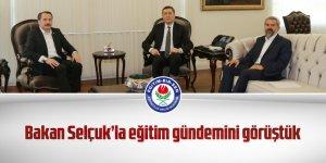Ali Yalçın,Millî Eğitim Bakanı Ziya Selçuk'u ziyaret etti.