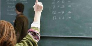"""""""Öğretmenler rahatlıkla azarlayabileceğiniz sıradan kimselerdir?"""""""
