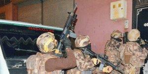 450 PKK'lı gözaltında