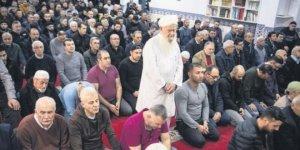 'Camiye gitmeye korkar olduk'