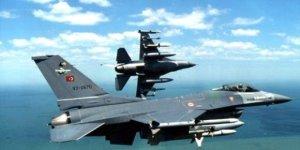 Türk Savaş uçakları Suriye'de