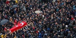 Cenaze namazı ikinci kez kılındı, eski bakan açıklama yaptı