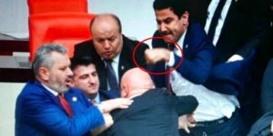 AK Partili vekilin eli, Özkoç'a attığı yumruk nedeniyle kırıldı