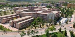 Selçuk Üniversitesi bütün makam araçlarını kaldırdı