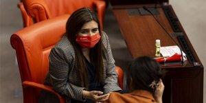 CHP'liler, Meclise Atatürk maskesiyle geldiler, Portakal 'şov' dedi
