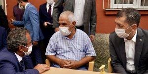Bakan Selçuk'tan Patlamada hayatını kaybeden öğretmenin ailesine ziyaret