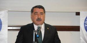 Mehmet Yaşar Şahindoğan: Nagehan'dan mı çekindiniz, yoksa Rasim Ozan'dan mı?