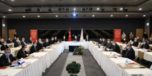İstanbul'da Pandemi toplantısında davet polemiği