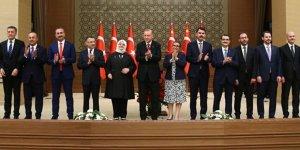 Yarın kabine değişikliği olacağı konusunda Ankara'da haberler dolaşıyor