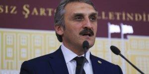 Ahmet Hamdi Çamlı, 270 yıllık çeşmenin kitabesine babasının adını yazdırdı