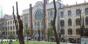 Üniversitede Çocuk İstismarından Tutuklandığı Ortaya Çıkan Bölüm Başkanı İstifa Etti