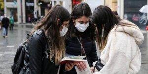 Milyonlarca öğrenciye müjde: Sokak yasağı kaldırıldı!