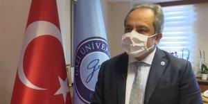Bilim Kurulu Üyesi, öğretmenlere Kovid-19 aşı hazırlıklarını anlattı