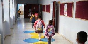 Özel okullar, öğrencileriyle birlikte devrediliyor!