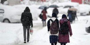 İstanbul ve 11 ilde yüz yüze eğitime kar engeli