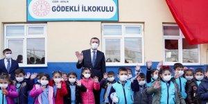 Bakan Selçuk 2. Yarıyılın Açılışını Iğdır'da Köy Okulu'nda Yaptı