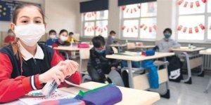 Tokat'ta Kovid-19 vakası görülen okulda eğitime 10 gün ara verildi