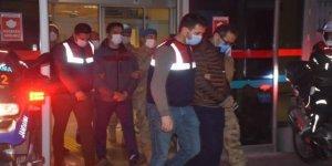 Büyük FETÖ operasyonu: 123'ü muvazzaf 184 gözaltı