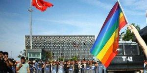 İBB'den cuma namazı saatinde zorunlu LGBT eğitimi