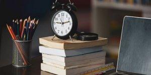 Tüm Öğretmenlerin Maaş Karşılığı 15 Saat Olsun