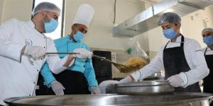 12 bin öğrencinin yemeği meslek lisesinde pişiyor
