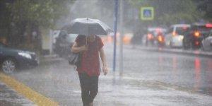 Meteoroloji'den peş peşe hava durumu uyarıları! Sağanak yağış ve kar