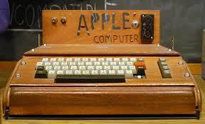 apple-ilk-bilgisayar.jpg